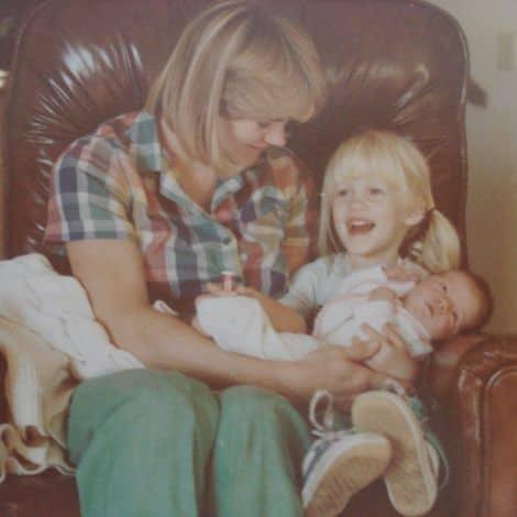 Lindsay Ellingson mother, siblings, parents, brother, father