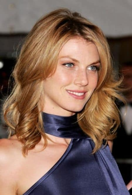 Angela Lindvall parents, mom, father, dad, mother, sister