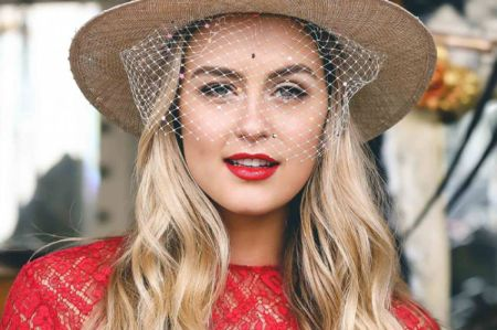 Steph Claire Smith boyfriend, dating, husband, spouse, fiance