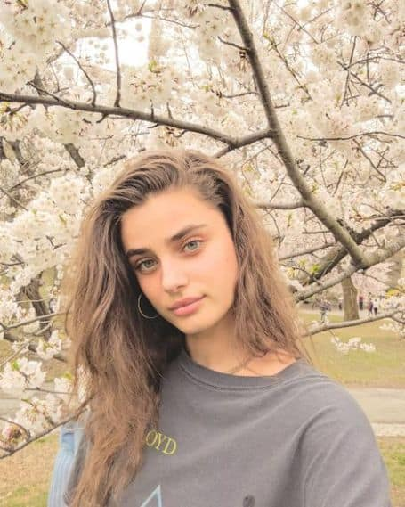 Taylor Hill wiki