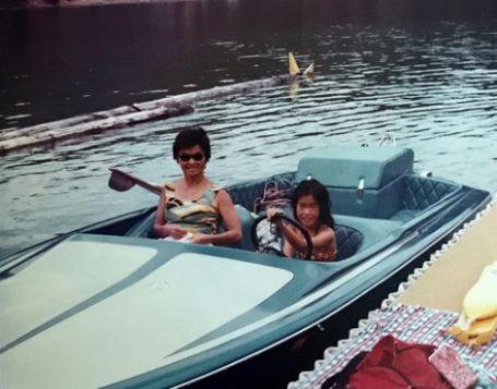 Jenny Shimizu childhood