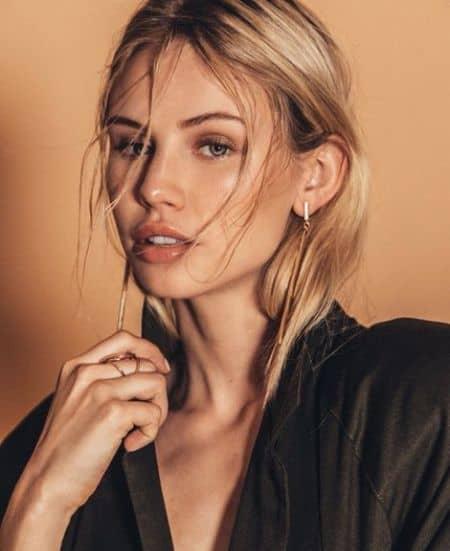 Scarlett Leithold age