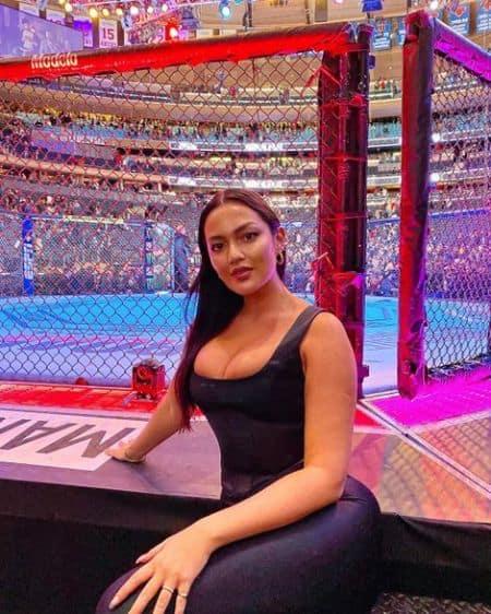 Mia Kang age