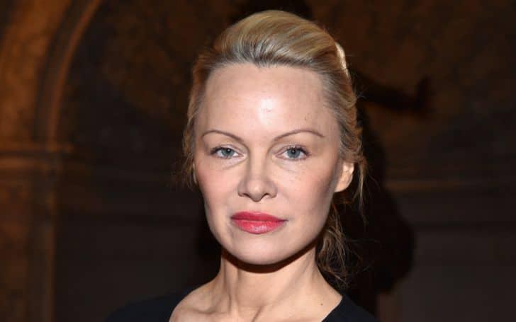 Pamela Anderson bio