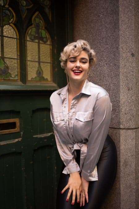 Stefania Ferrario career, modeling, contract