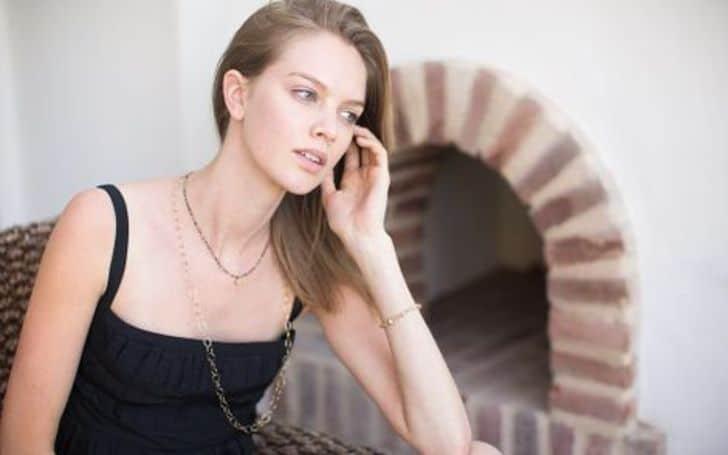 Abby Dixon age, height, body, career, net worth