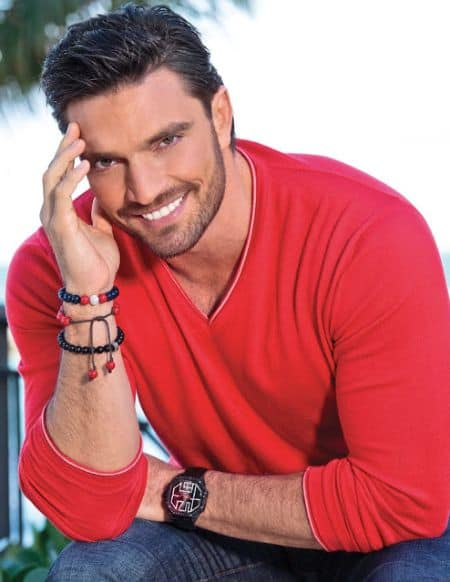 Julian Gil bio, net worth