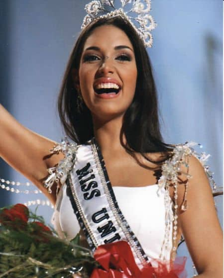 Amelia Vega career