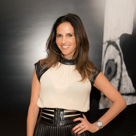 Paola Turbay career