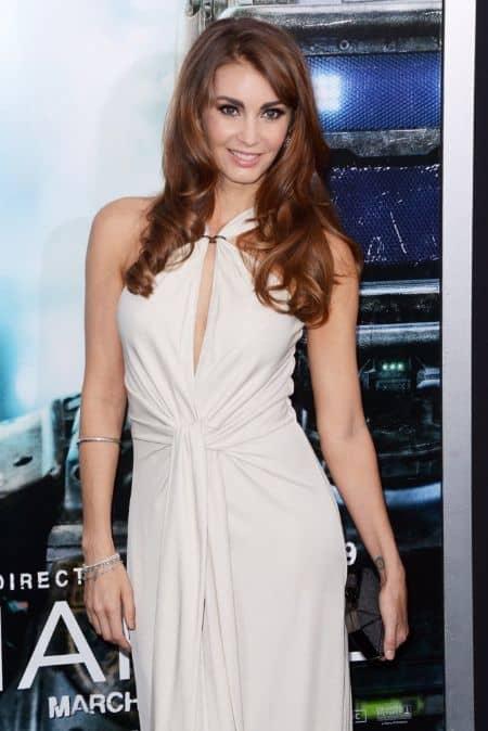Tanit Phoenix career