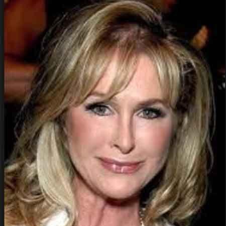 Robyn Hilton age