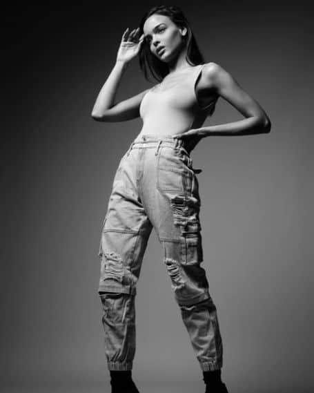 Lisa Ramos height