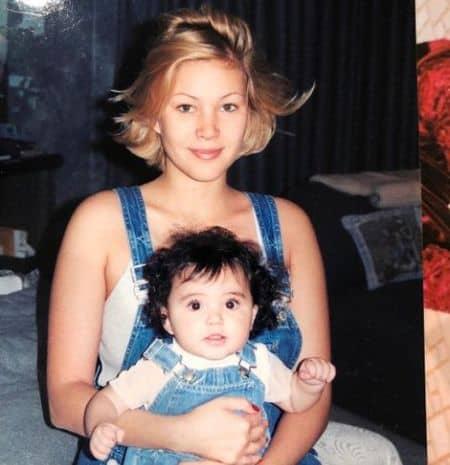 Atiana De La Hoya mother