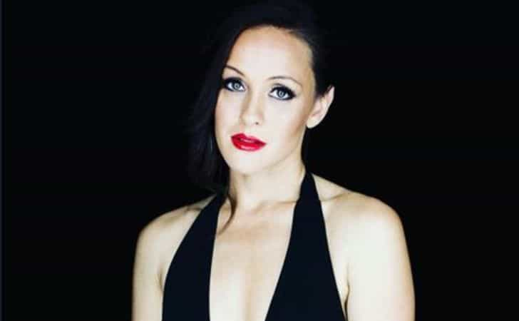Crystal Lowe age, height, body,
