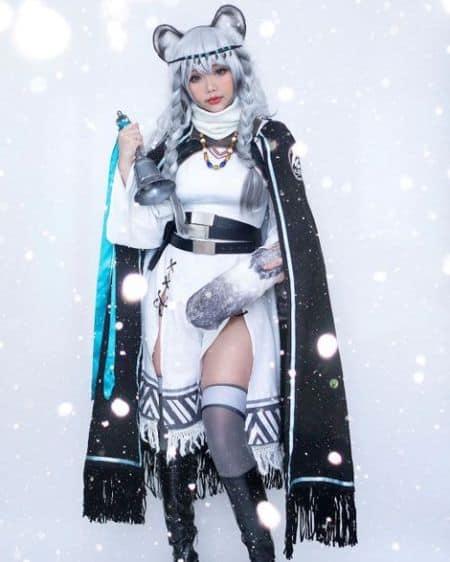Hana Bunny cosplay