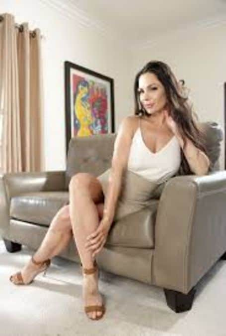 Kirsten Price net worth