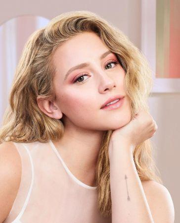 Beautiful Lili Reinhart
