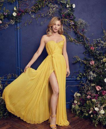Stunning Lili Reinhart