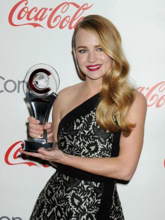 Award Won by Britt Robertson