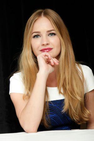 Britt Robertson Beautiful American Actress