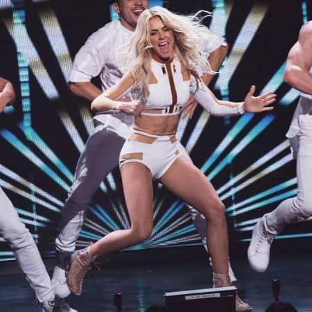 Million Dollar Dancer Julianne Hough